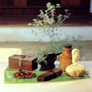 Ayurvéda – masáž bylinnými mešcami