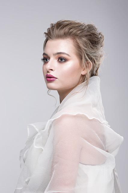 Túžite po novom strihu vlasov? Nechajte sa inšpirovať jesennými trendami 2010!