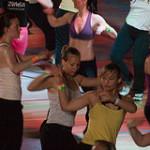 Zumba – vášnivý, kolumbijský tanec a dynamické cvičenie v 1!
