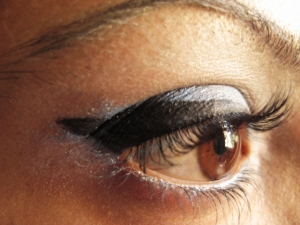Ceruzka na oči  – aká je najlepšia?