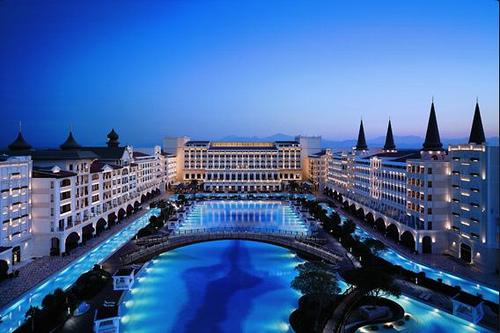 Najluxusnejší hotel na svete: Mardan Palace Hotel
