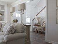 Ako dosiahnuť viac úložného a komfortného priestoru v obývačke?