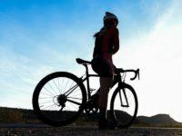 Povinná výbava cyklistu: Viete, čo by vám nemalo chýbať?