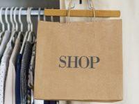 Oblečte sa štýlovo a pohodlne: Vyskúšajte trendy teplákové šaty!